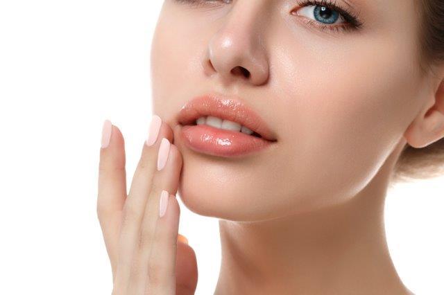 תוצאת מילוי שפתיים